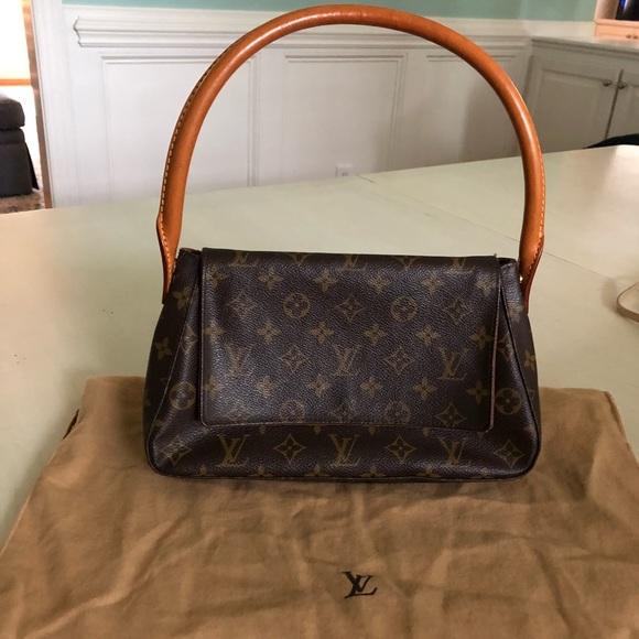25a3cd7b2a2f Louis Vuitton Handbags - Louis Vuitton Monogram Canvas Mini Looping PM Bag